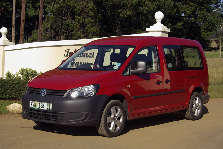 2011 Volkswagen Caddy Crewbus side view