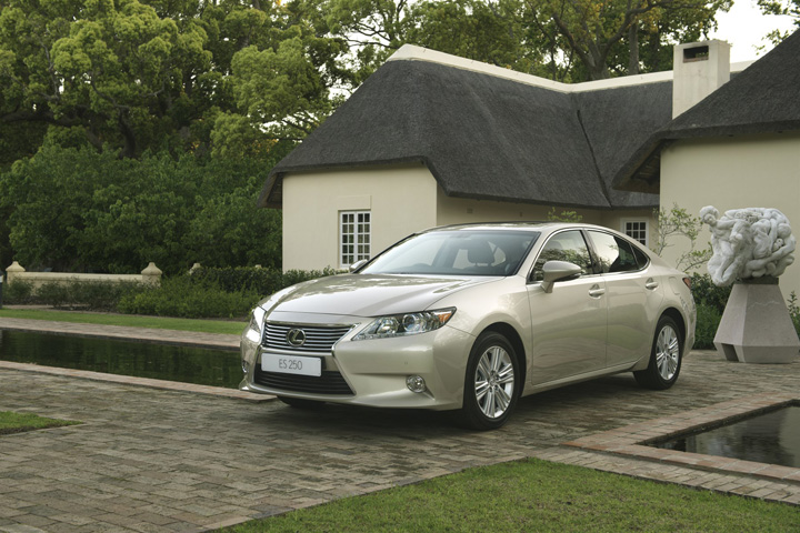 SA Roadtests 2014 Lexus ES 250 EX